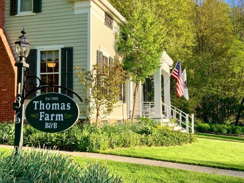 Thomas Farm Bed & Breakfast